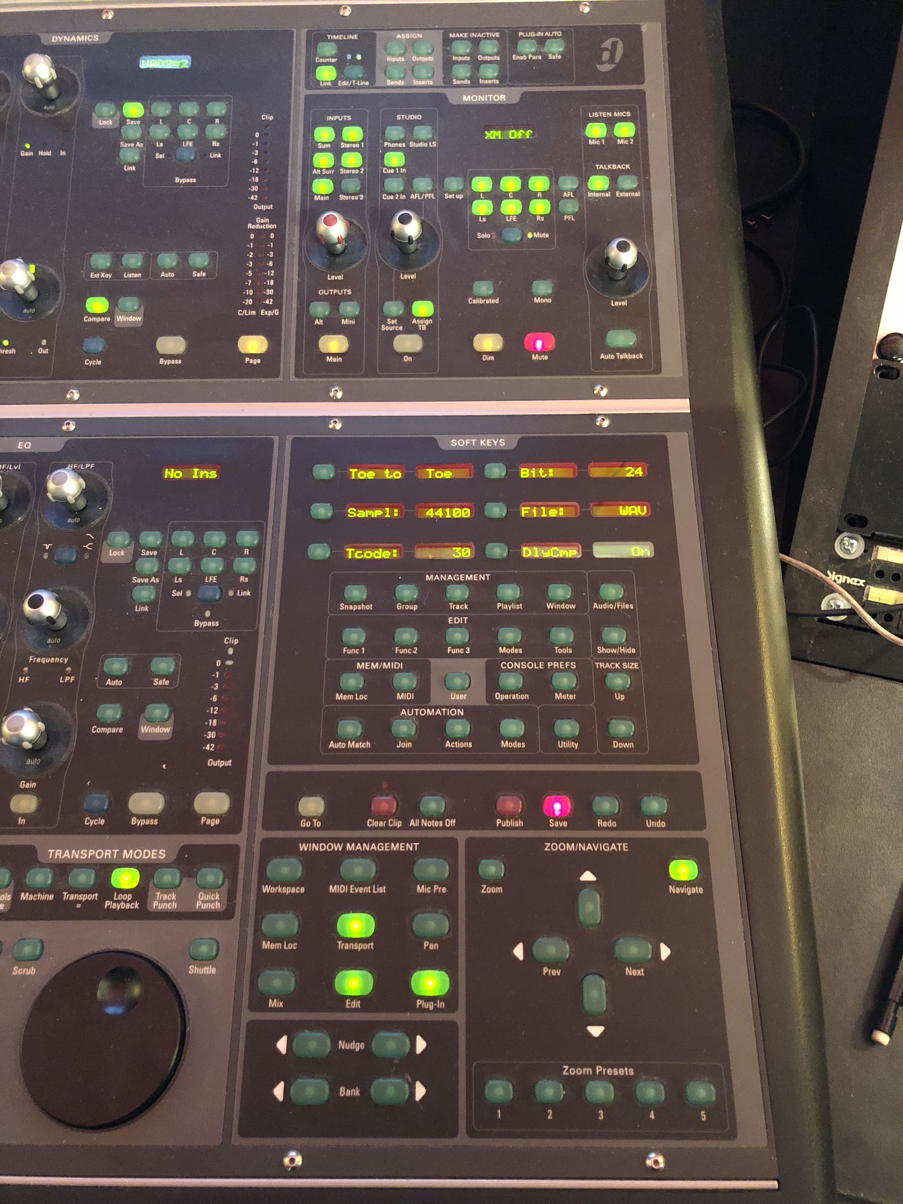 avid icon d command es 8 with x mon and manual resurface rh resurface audio Fader 48 Digidesign Icon D Control Icon D Control ES